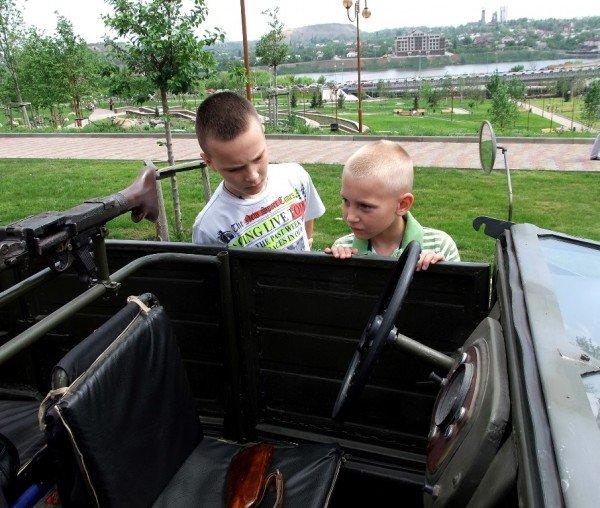В Донецке прошла выставка ретро-автомобилей  (фото), фото-9