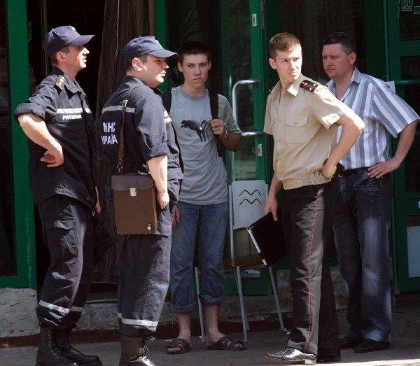В центре Донецка горел супермаркет «Обжора» (фото), фото-3