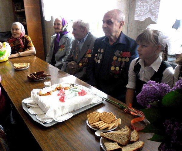 День Победы в Зайцево: военные песни, солдатская каша и торт «Победа», фото-3