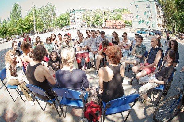 11 и 12 мая криворожанам покажут настоящий «Уличный театр» (ФОТО), фото-4