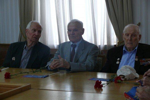 В Ялте накануне Дня Победы чествовали ветеранов, фото-1
