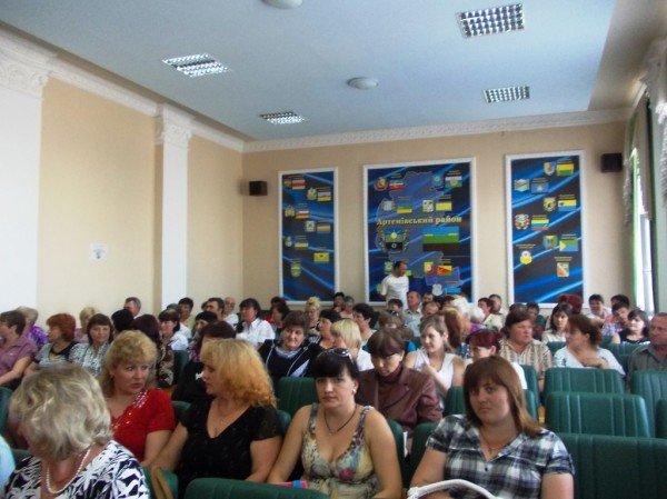 Данилов пообещал увеличить зарплаты медсестрам Артемовского района, фото-1