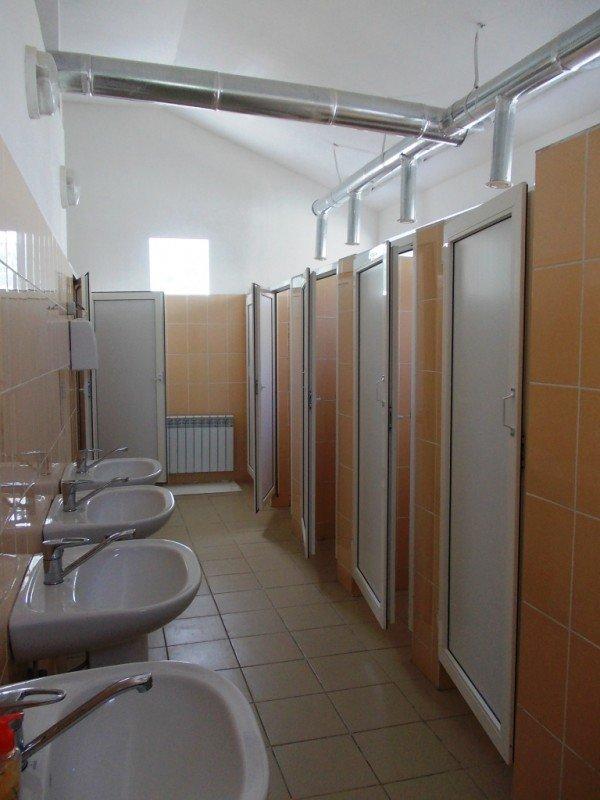 Общественный туалет в Артемовске все-таки открыли: за первый день «заработали» 256 гривен (ФОТО), фото-2