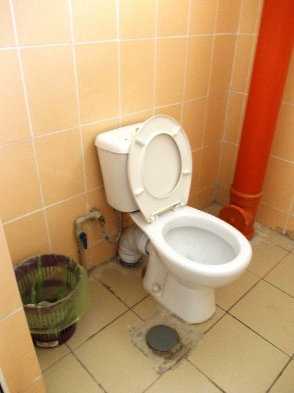 Общественный туалет в Артемовске все-таки открыли: за первый день «заработали» 256 гривен (ФОТО), фото-3