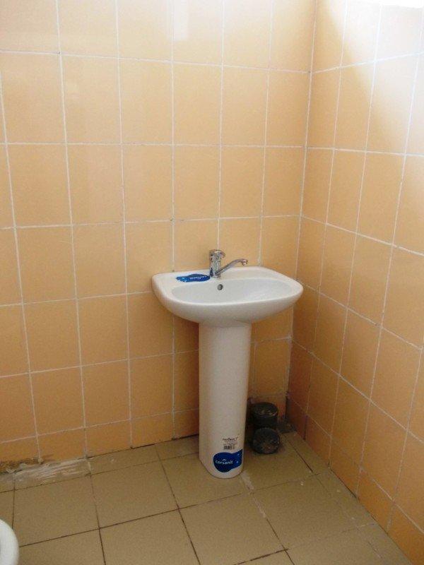 Общественный туалет в Артемовске все-таки открыли: за первый день «заработали» 256 гривен (ФОТО), фото-4