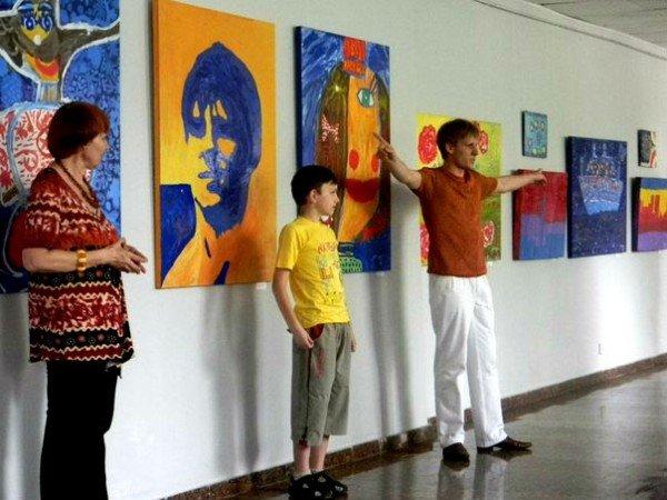 В Кривом Роге работает выставка современного детского искусства (ФОТО), фото-4