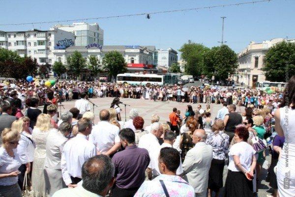 158 симферопольцев закончили с отличием учебу в школе (ФОТО), фото-3
