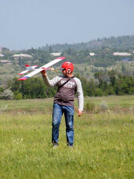Чудеса на виражах: в Горловке прошли Областные соревнования по авиамоделированию, фото-1