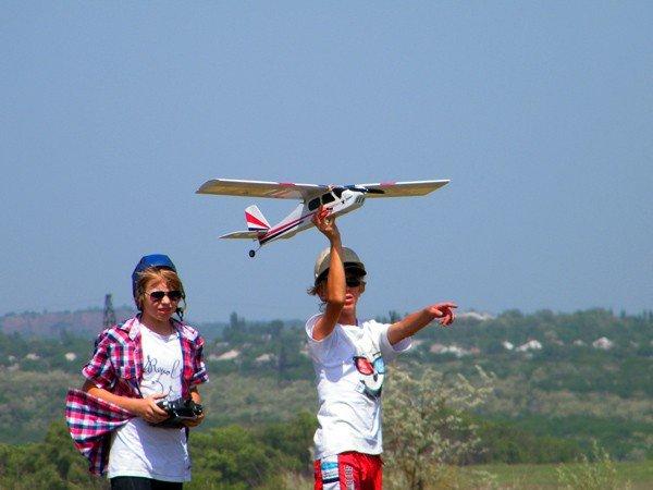 Чудеса на виражах: в Горловке прошли Областные соревнования по авиамоделированию, фото-6