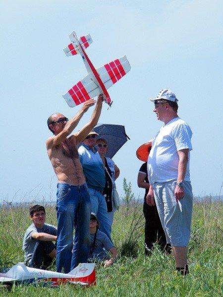 Чудеса на виражах: в Горловке прошли Областные соревнования по авиамоделированию, фото-11