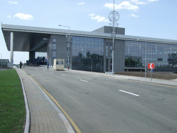 Янукович открыл новый донецкий аэропорт (фото), фото-11
