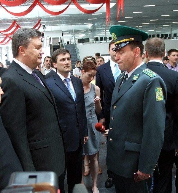 Янукович открыл новый донецкий аэропорт (фото), фото-7