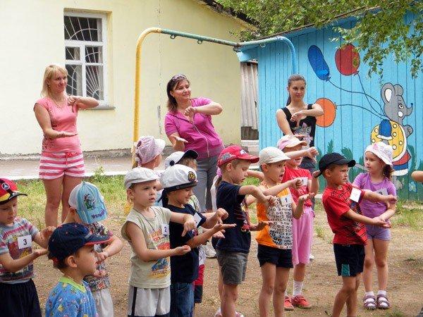 Горловские дошкольники весело отпраздновали Международный день семьи, фото-6
