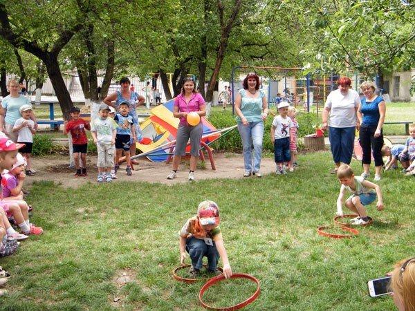 Горловские дошкольники весело отпраздновали Международный день семьи, фото-10