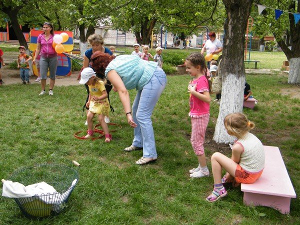 Горловские дошкольники весело отпраздновали Международный день семьи, фото-11