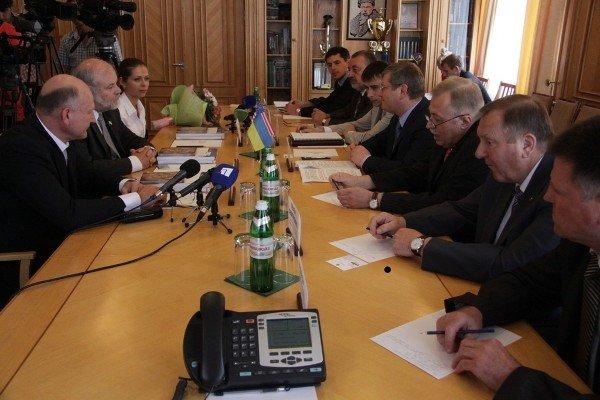 Американский министр увидел в Днепропетровской области особый экономический потенциал (ФОТО), фото-1