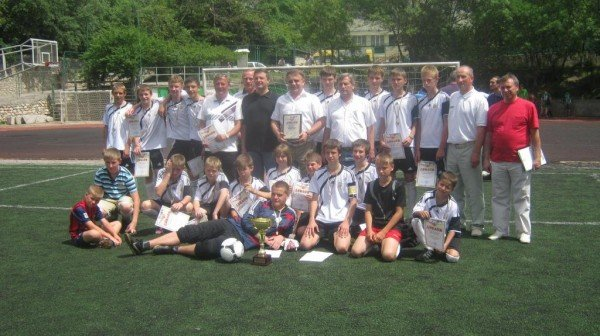 В Ялте наградили победителей городского юношеского чемпионата по футболу, фото-4