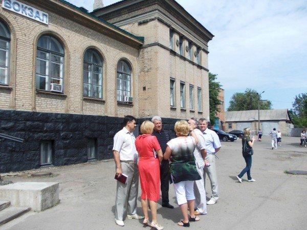 Ремонт ж/д вокзала в Артемовске начнется 1 июня. Ничего грандиозного не обещают, фото-2