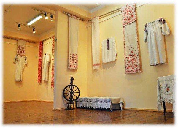 Художественный музей Горловки приглашает на «Art-ярмарку», фото-1