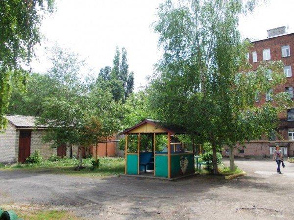 В Артемовске жители дома по улице Циолковского, 27 переоборудовали старый подвал в тренажерный зал, фото-8