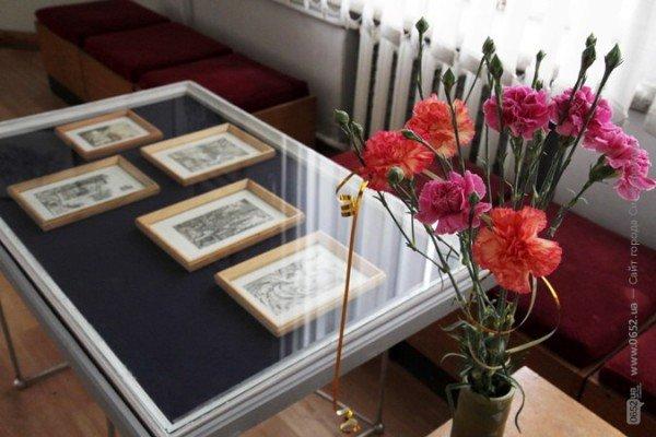 Вдова крымскотатарского художника Рамиза Нетовкина открыла в Симферополе выставку его работ (фото), фото-8