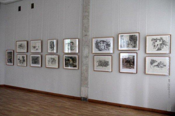 Вдова крымскотатарского художника Рамиза Нетовкина открыла в Симферополе выставку его работ (фото), фото-10