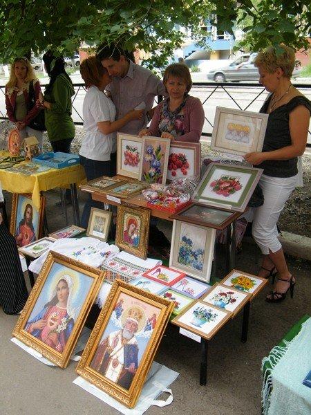 В Горловском художественном музее сегодня прошёл фестиваль «ART-ярмарка», фото-3