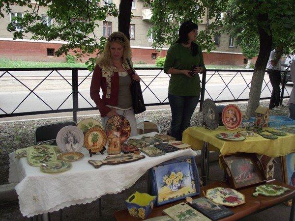В Горловском художественном музее сегодня прошёл фестиваль «ART-ярмарка», фото-6