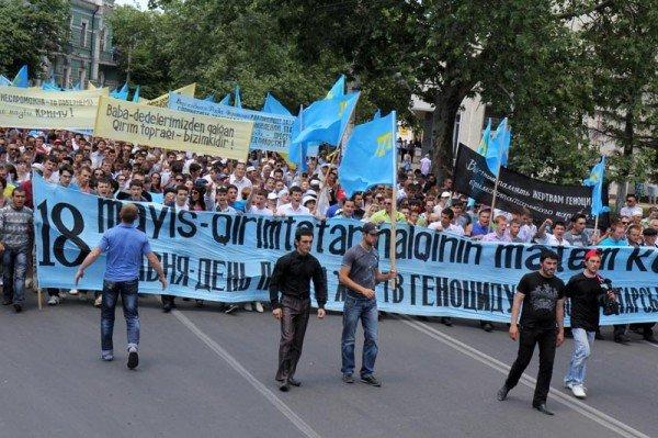 ФОТОРЕПОРТАЖ: В Симферополе проходит траурный митинг памяти, фото-3