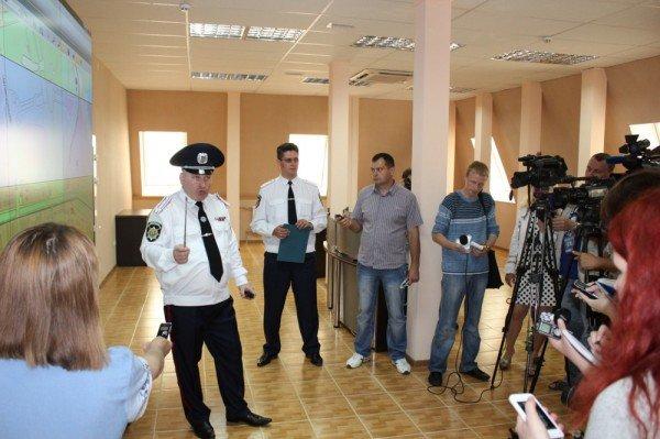 В Донецке открыли самый современный в Украине Центр оперативного реагирования милиции (фото), фото-6