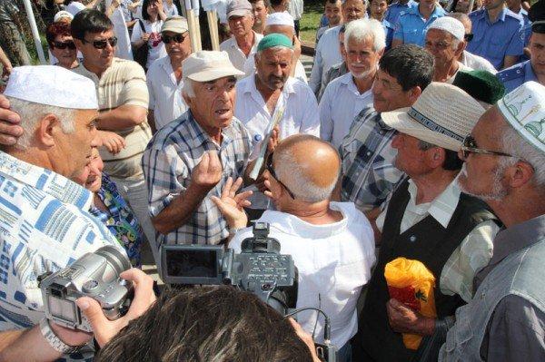 Оппозицию не подпустили к меджлисовцам в день траура (ФОТО), фото-2