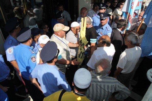 Оппозицию не подпустили к меджлисовцам в день траура (ФОТО), фото-7