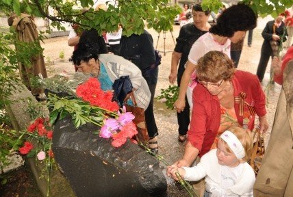В Симферополе почтили память жертв «Картофельного городка» (фото), фото-5