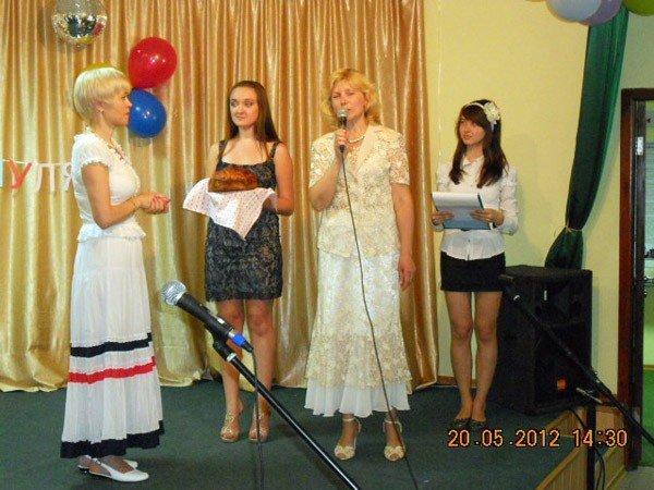 Регионалы поздравили многодетные семьи Горловки с двойным праздником, фото-3