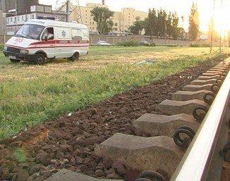 Поезд «Киев-Луганск» насмерть сбил человека (ФОТО), фото-1