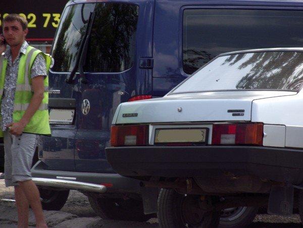 Горловские парковщики продолжают собирать мзду с водителей, фото-2