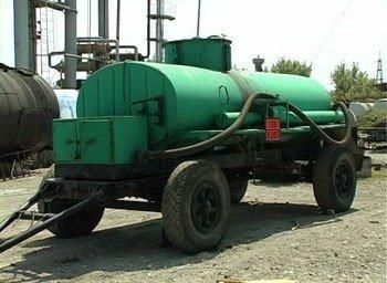 Под Донецком работал нелегальный завод по переработке нефтепродуктов, который обеспечивал целую сеть АЗС (фото), фото-2
