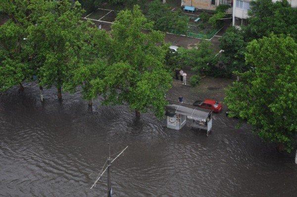 Стихийное бедствие в Одессе. Проливной дождь парализовал город (Фото, Видео), фото-5