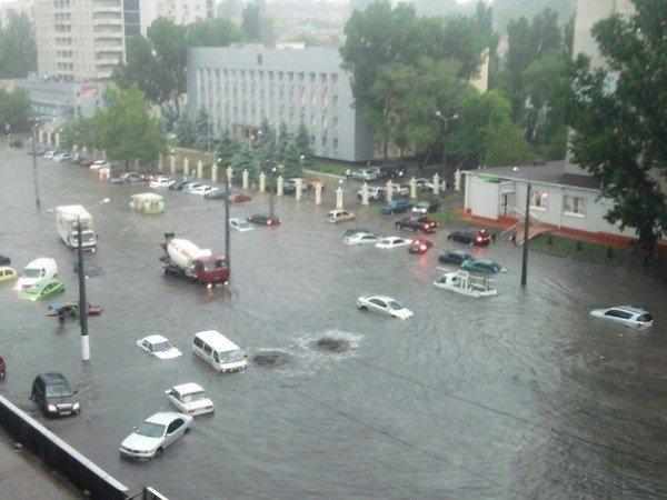 Стихийное бедствие в Одессе. Проливной дождь парализовал город (Фото, Видео), фото-2