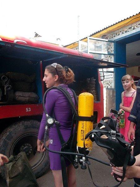 Ученики горловской школы №15 на один день превратились в пожарных, фото-4