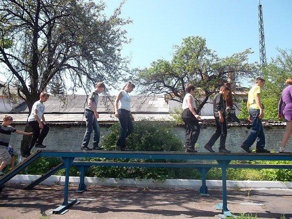 Ученики горловской школы №15 на один день превратились в пожарных, фото-6
