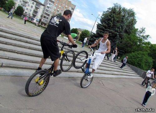 Более 400 житомирян приняли участие во всеукраинской акции «Велодень» (ФОТО), фото-10