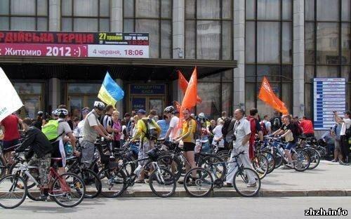 Более 400 житомирян приняли участие во всеукраинской акции «Велодень» (ФОТО), фото-5