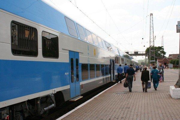 Яка шкода! Первый поезд Skoda «Донецк-Харьков» уехал, не дождавшись пассажиров (фото), фото-2
