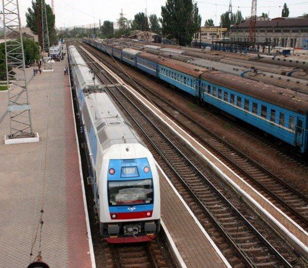 Яка шкода! Первый поезд Skoda «Донецк-Харьков» уехал, не дождавшись пассажиров (фото), фото-1