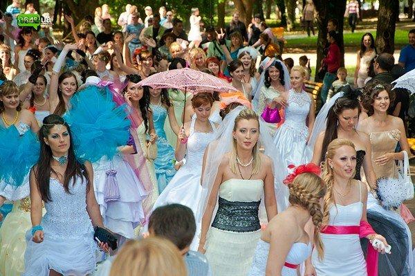 В Луганске прошел «Парад невест 2012» (ФОТО), фото-6
