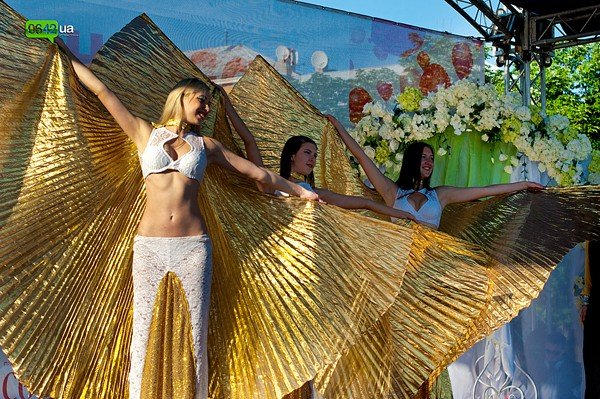 В Луганске прошел «Парад невест 2012» (ФОТО), фото-10