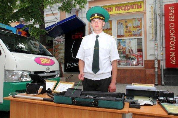 Пограничники показали в Симферополе свою технику (ФОТО), фото-2