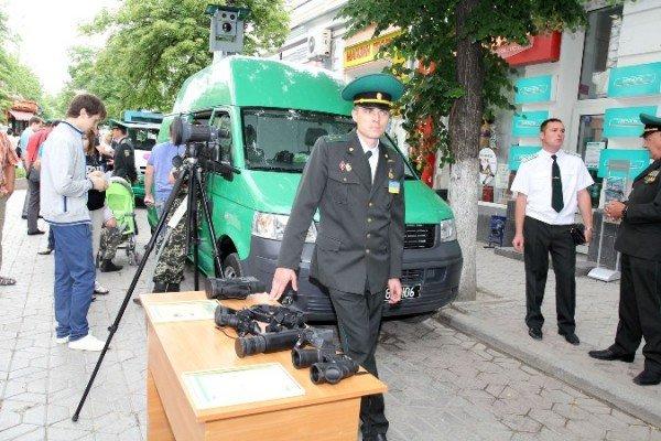 Пограничники показали в Симферополе свою технику (ФОТО), фото-6