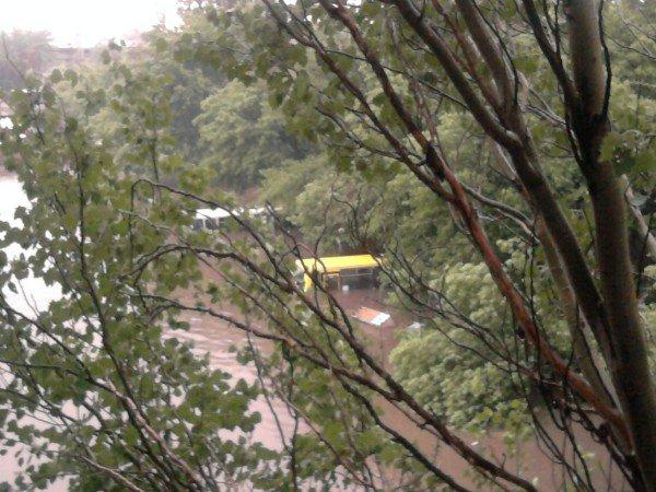 На затопленной во время ливня автостанции «Центр» по отчетам чиновников было «все прекрасно сделано», фото-2